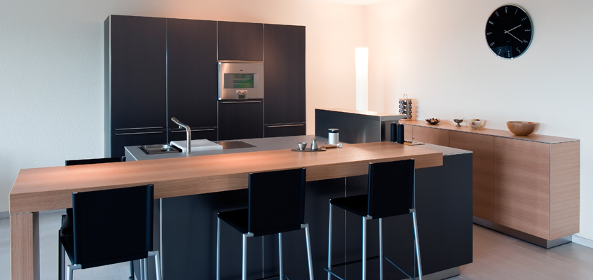 Woonkamerkeuken presentatie de jong - Keuken met bar tafel ...